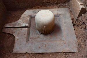 Phát hiện Linga-Yoni liền khối thế kỷ IX lớn nhất Việt Nam tại khu đền tháp Mỹ Sơn