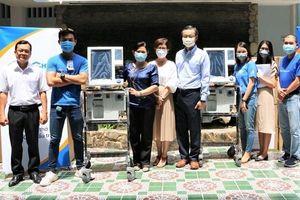 Intel Việt Nam tặng thiết bị phòng, chống dịch Covid-19