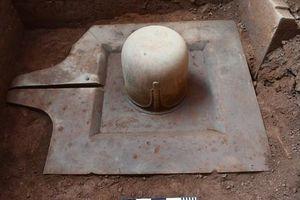 Quảng Nam: Phát hiện Linga-Yoni liền khối thế kỷ IX lớn nhất Việt Nam