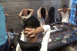 Phá sòng Poker trong biệt thự của người nước ngoài ở Sài Gòn