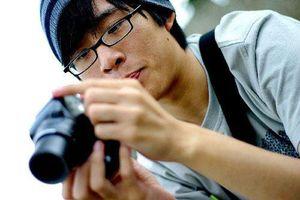 Bạn trai là nhiếp ảnh gia hay soi mói chuyện ăn mặc của tôi