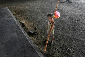Đại dịch khiến 86 triệu trẻ em có nguy cơ đói nghèo