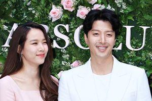 Trước ly hôn, Lee Dong Gun tuyên bố: 'Không kết hôn nếu cô dâu không phải Jo Yoon Hee'