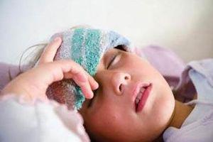 Cảnh giác cho trẻ nhỏ khi bệnh viêm não vào mùa
