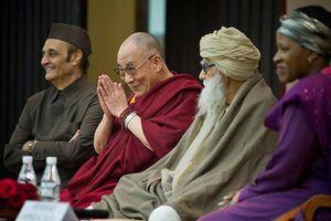 Đức Dalai Lama : Thấu hiểu liên tôn giáo để vượt qua đại dịch toàn cầu