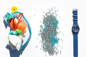 Đồng hồ đeo tay làm từ rác thải nhựa đại dương