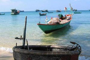 Khám phá làng chài Hàm Ninh: Hoang sơ đầy mê hoặc