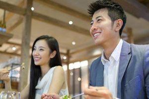Bức xúc vì em trai và em dâu tìm đủ cách vòi tiền cha mẹ