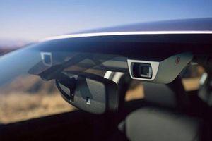 Trang bị an toàn nào trên ô tô giúp giảm thiểu tai nạn hiệu quả nhất?