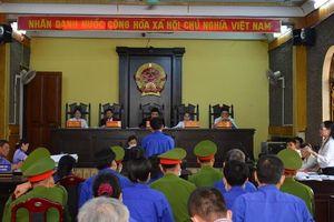 Trưởng phòng Khảo thí lĩnh án 21 năm tù vụ gian lận thi ở Sơn La