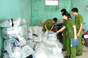 Thanh Hóa: Bắt giữ hàng nghìn sản phẩm may mặc không rõ nguồn gốc