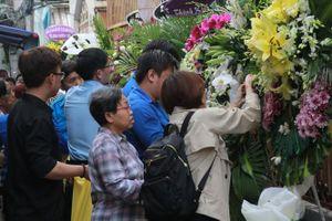 Vụ cây phượng đè chết học sinh: Linh cữu nam sinh Trường Bạch Đằng về lại trường trước lúc đi xa