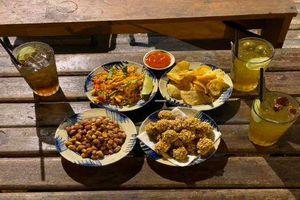 Đu đưa Sài Gòn: Bạn đã thử bánh 'tăng cân' và uống trà 'thị phi' chưa?