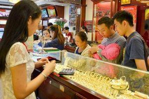 Giá vàng hôm nay 30/5: Vàng bật tăng mạnh phiên cuối tuần