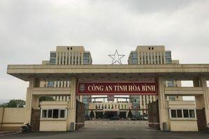 Vì sao một cán bộ Công an huyện Yên Thủy bị khởi tố?