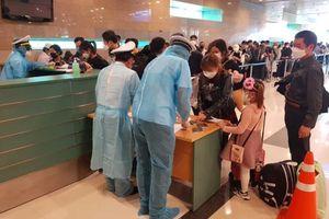340 người Việt từ Singapore được đưa về nước, hạ cánh ở Cần Thơ
