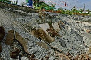 Đường trên 700 tỷ đồng tại Cà Mau chưa xong đã sụt, sạt và tiếp tục rạn nứt