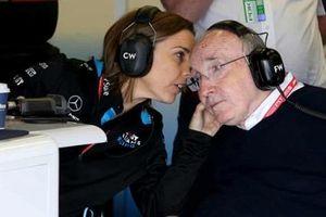 Đội đua F1 Williams cân nhắc 'bán mình'