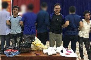 Vận chuyển trái phép 18.000 viên ma túy tổng hợp, 3 đối tượng bị bắt tại Lào Cai