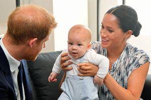 Vợ chồng Hoàng tử Harry chi hơn 200 triệu/ngày thuê vệ sĩ riêng