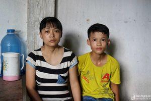 Hoàn cảnh đáng thương của bé trai lớp 7 mồ côi bố, mẹ bị ung thư