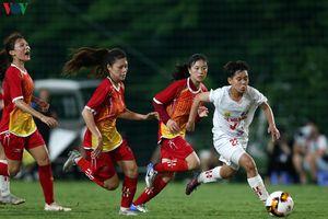 'Messi bóng đá nữ Việt Nam' khuấy đảo ngày mở màn giải U19 nữ Quốc gia
