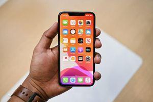 Tin vui cho fan táo: Điện thoại iPhone chính hãng đồng loạt giảm giá