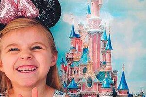 Mẹ tạo Disneyland tại nhà cho con gái