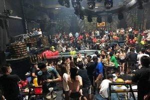 Cảnh sát đột kích quán B-Club, hàng trăm dân chơi vứt ma túy tháo chạy