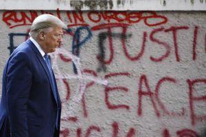 Rối loạn trong nước 'vén màn' sự cô lập Tổng thống Trump đang hứng chịu từ châu Âu?