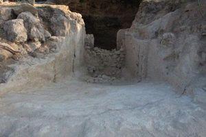 Ngôi mộ cổ hơn 3.500 năm tuổi tại khu vực từng bị cướp phá dữ dội ở cuối thế kỷ 20
