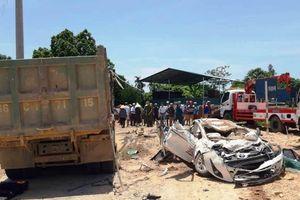 Chỉ đạo khẩn sau vụ xe tải đè chết 3 người trong ô tô con