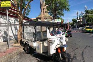 Thái Lan ra mắt xe tuk-tuk điện có vách cách ly phòng COVID-19