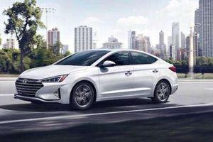 Giảm 50% lệ phí trước bạ, giá lăn bánh của Hyundai Elantra còn bao nhiêu?