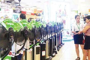 Sôi động thị trường hàng chống nóng