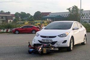 Người đàn ông gặp tai nạn tử vong trên đường chở cháu đi học