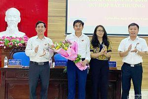 Nghĩa Đàn bầu Phó Chủ tịch UBND huyện