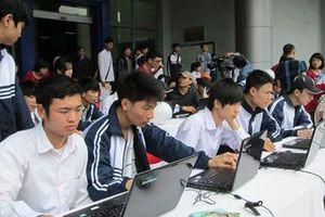 Giật mình nhiều hình thức chống phá kỳ khảo sát trực tuyến đầu tiên lớp 12 tại Hà Nội