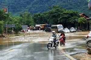 Nắng nóng tiếp tục gay gắt, nhiều nơi mưa rất to
