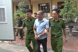 Bắt Trưởng đài hóa thân hoàn vũ, lộ 'trùm' ăn tiền hỏa táng Nam Định?
