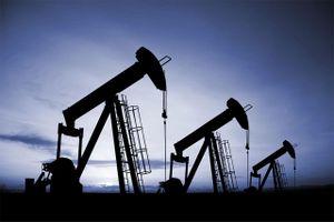 Giá dầu hôm nay bất ngờ tăng mạnh trong khi chờ thông tin từ OPEC+