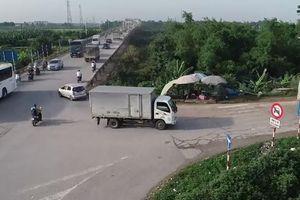 Trốn trạm BOT, hàng nghìn ô tô lớn nhỏ cày nát đường đê