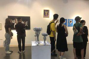 23 nghệ sĩ trẻ cùng 'Mời bạn vào'