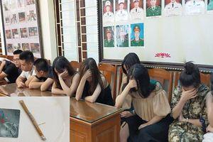Mừng sinh nhật bằng ma túy, 14 nam, nữ bị bắt quả tang
