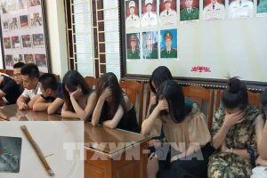 Thanh Hóa: Bắt quả tang 14 đối tượng sử dụng ma túy trong quán karaoke