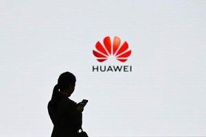 Huawei muốn trở thành số 1 lĩnh vực điện thoại thông minh nhưng Tổng thống Trump đã chấm dứt giấc mơ đó
