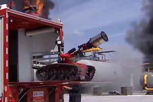 Robot chữa cháy thay thế lính cứu hỏa trong tương lai tại Trung Quốc