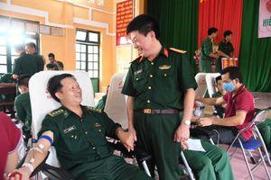 Hơn 300 cán bộ, chiến sĩ BĐBP Bình Phước tham gia hiến máu tình nguyện