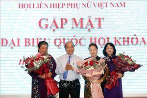 Thủ tướng Chính phủ, Chủ tịch Quốc hội dự cuộc gặp mặt nữ đại biểu Quốc hội