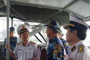 Chính ủy Quân chủng Hải quân thăm và làm việc với Lữ đoàn 171, Hải đoàn 129